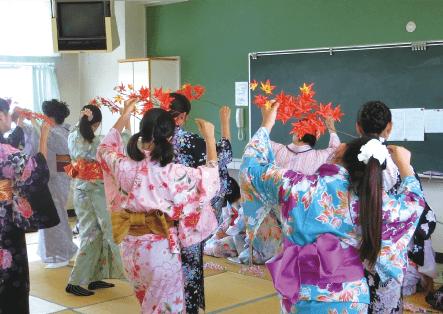 伝統文化学習(和泉小学校)の画像